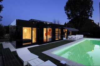 Swiming-pool-Design-Modular-House-in-Madrid-by-A-cero-Architects.jpg
