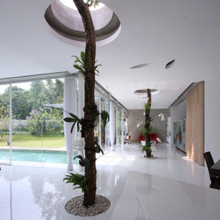 dezeen_R-House-by-Budi-Pradono_1.jpg